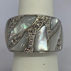 RS Covenant Mother of Pearl & CZ Band Ring